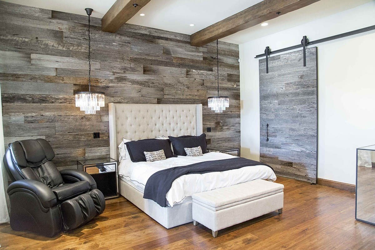 Pbw Tobacco Barn Grey Wood Wall Master Bedroom