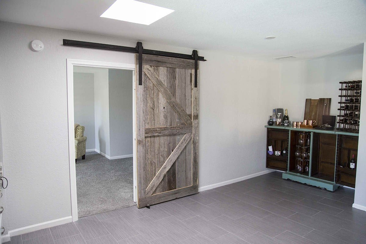 Pbw tobacco barn grey arrow sliding barn door