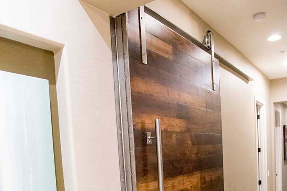 3 Tone Alder Contemporary Sliding Door