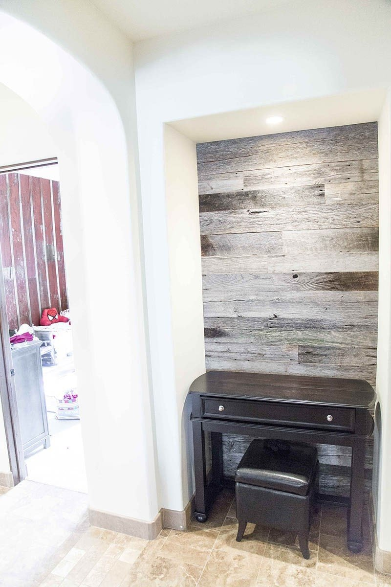 Hallway Nook Accent Wood Wall – Tobacco Barn Grey