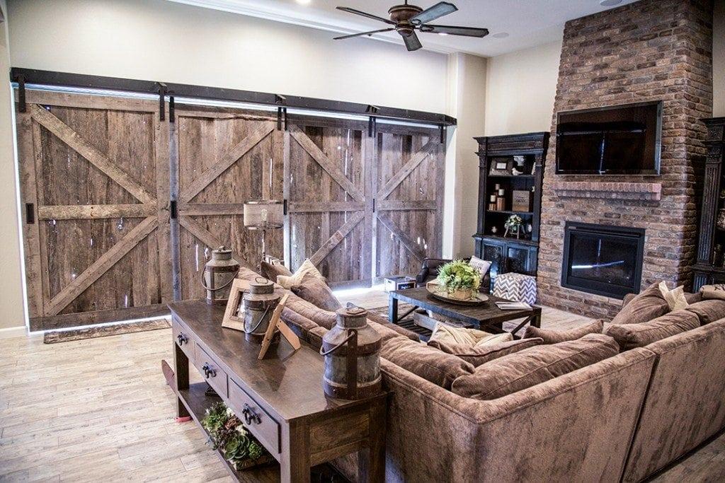 Quadruple sliding barn doors porter barn wood for Overlapping interior barn doors