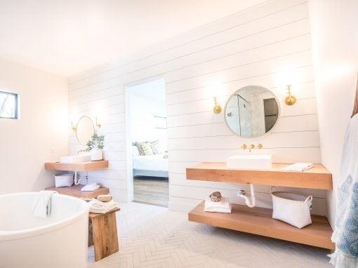 Calle Tuberia Master Bathroom