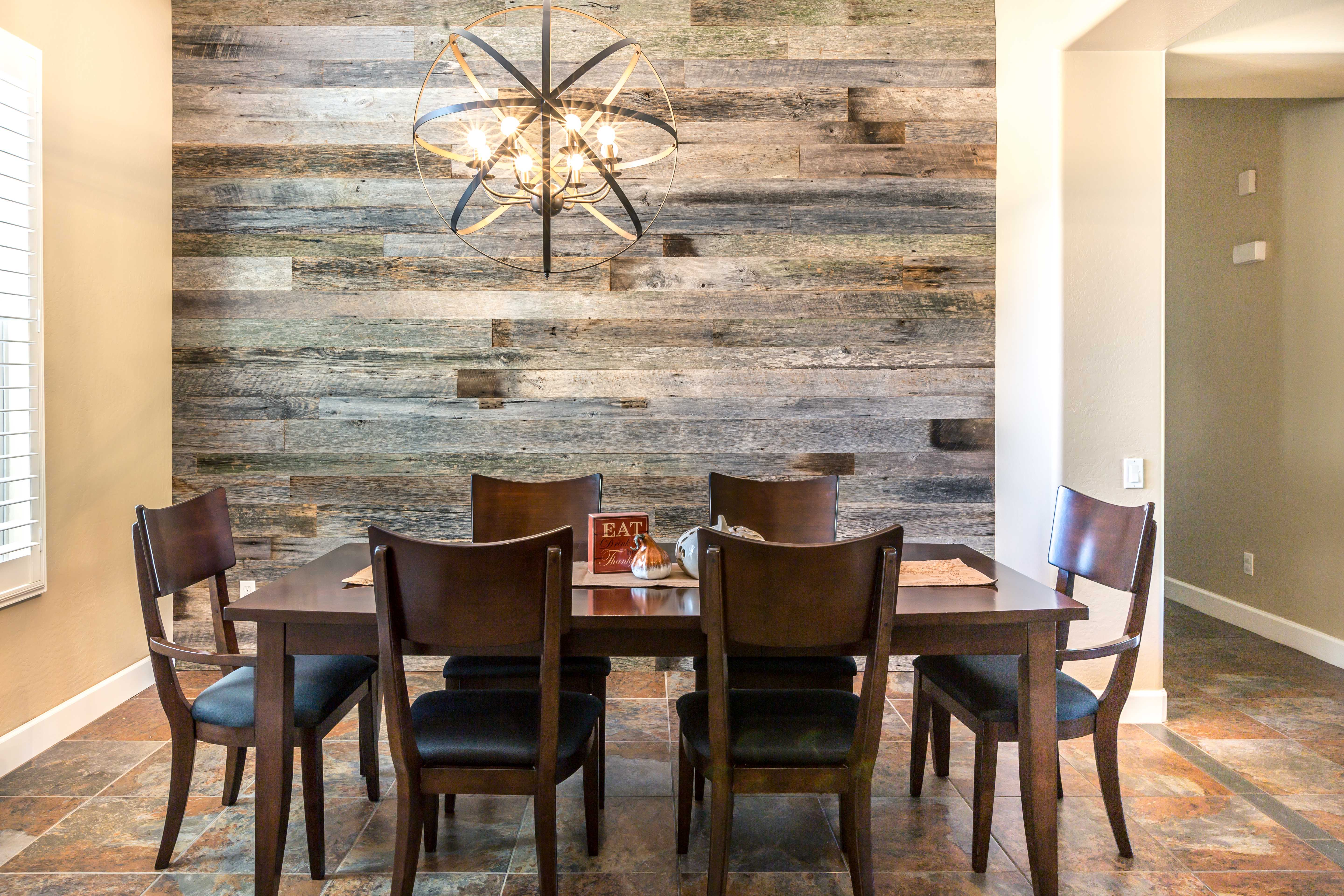 Gobbatto dining room niche porter barn wood for Dining room niche ideas
