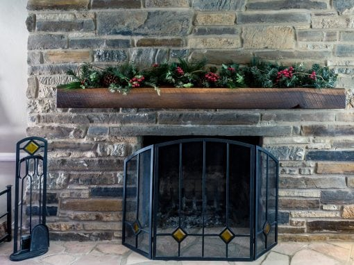 Casteel Mantel