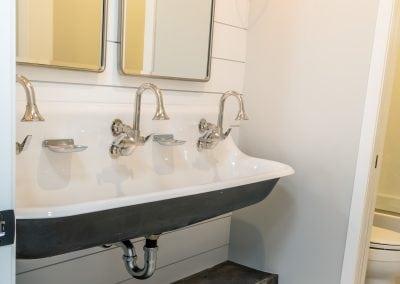 RafterHouse64th-Bath-5