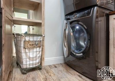 Kamp5310-Pantry&Laundry-8