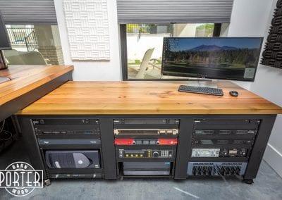 Fisher-BroadcastingDesk-2