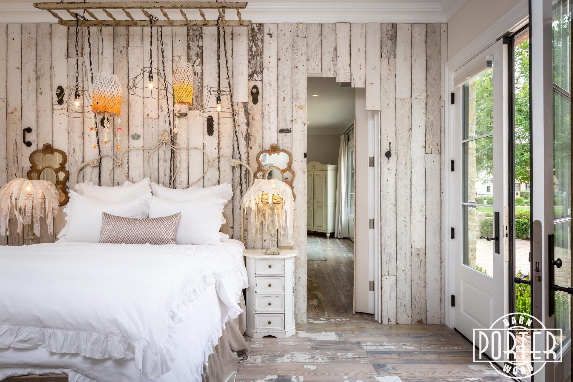 Vertical Reclaimed Wood Wall Porter Barn Wood