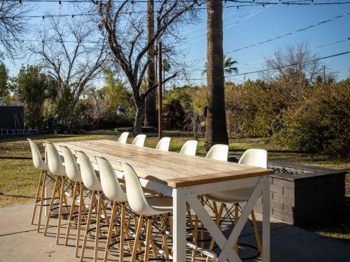Showroom Outdoor Hightop Table