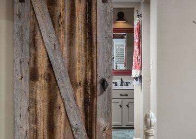 Old tobacco grey sliding door