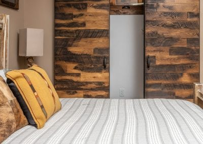 Guest House Bi-Part Sliding Doors