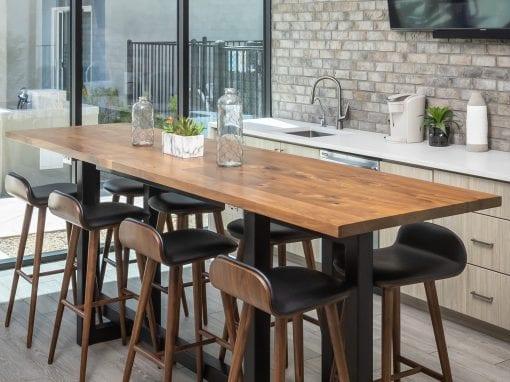 Senderos High top Walnut Table